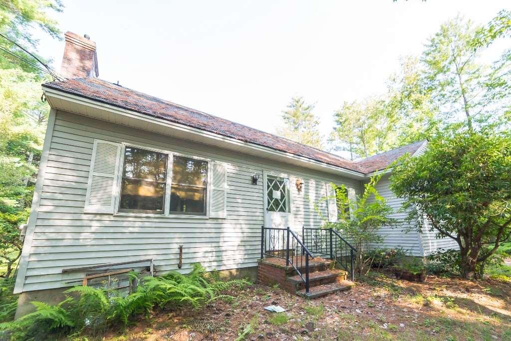 GILMANTON NH Home for sale $128,900