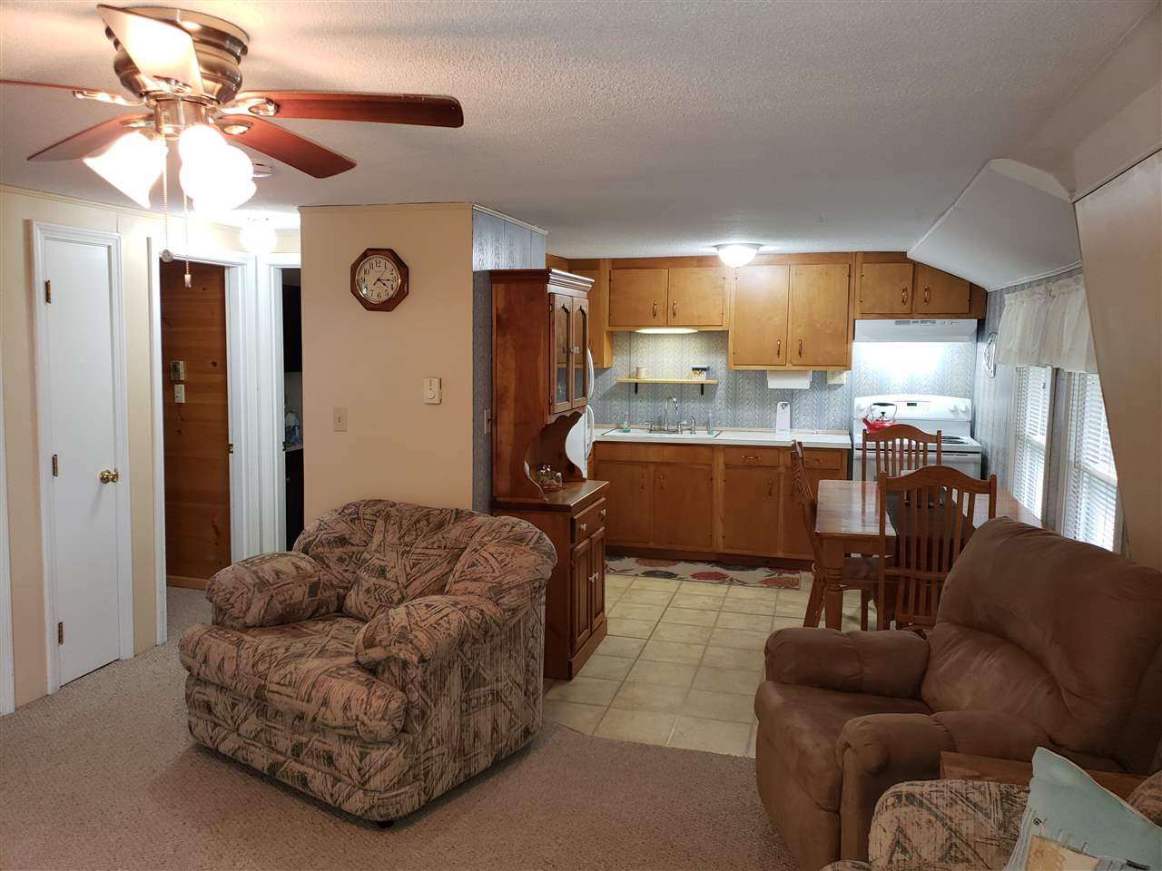 BRISTOL NH for rent $Furnished Condo $1,000  Term Annual