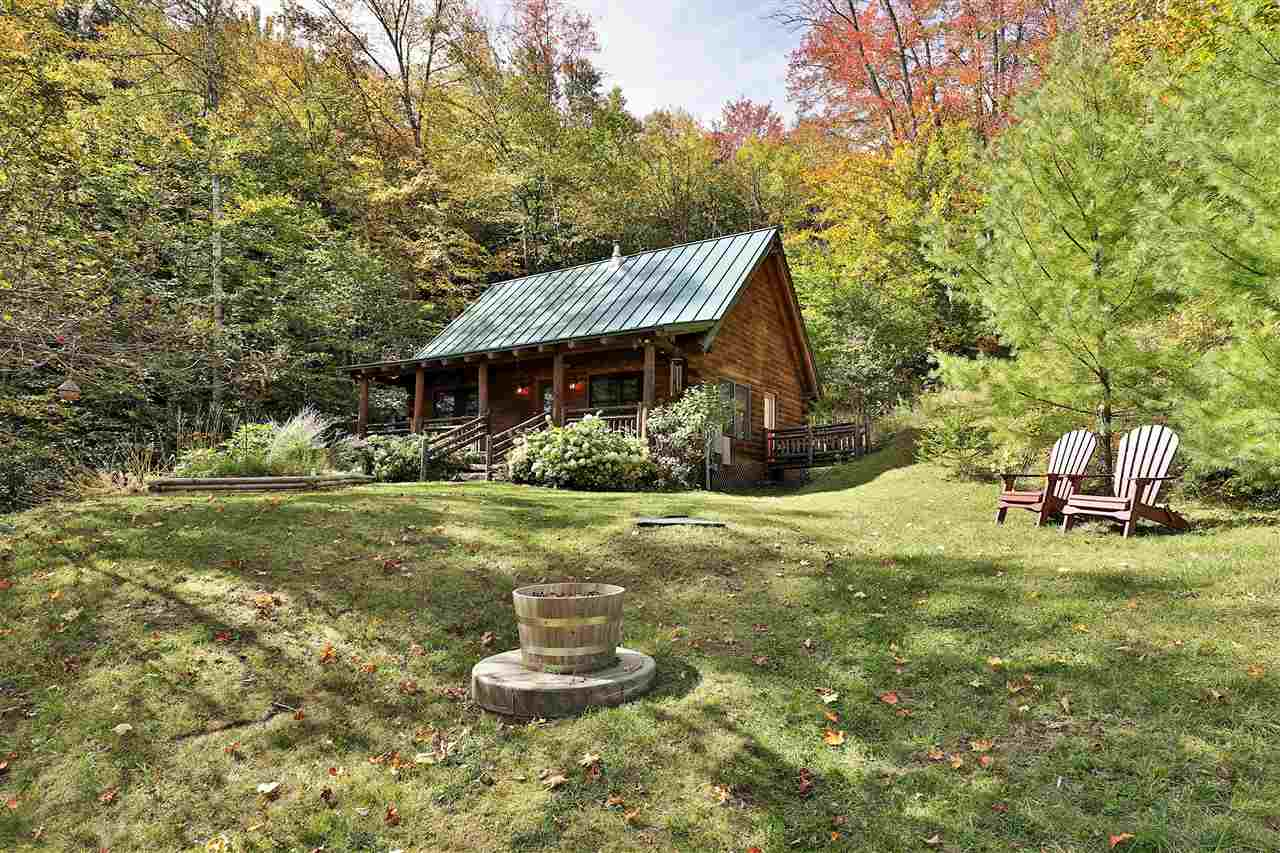 PLYMOUTH VT Lake House for sale $$269,000 | $212 per sq.ft.