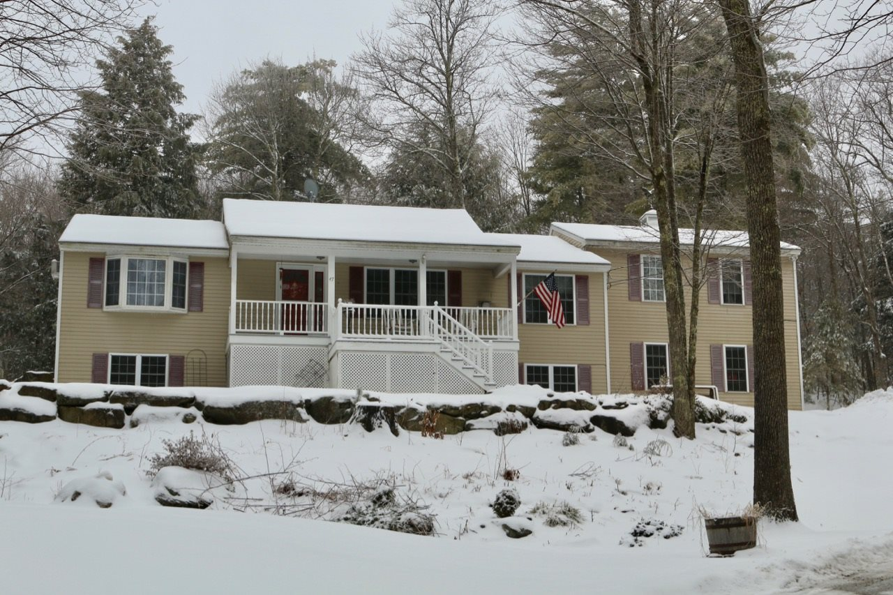 Photo of 47 Lynn Grove Road Northwood NH 03261