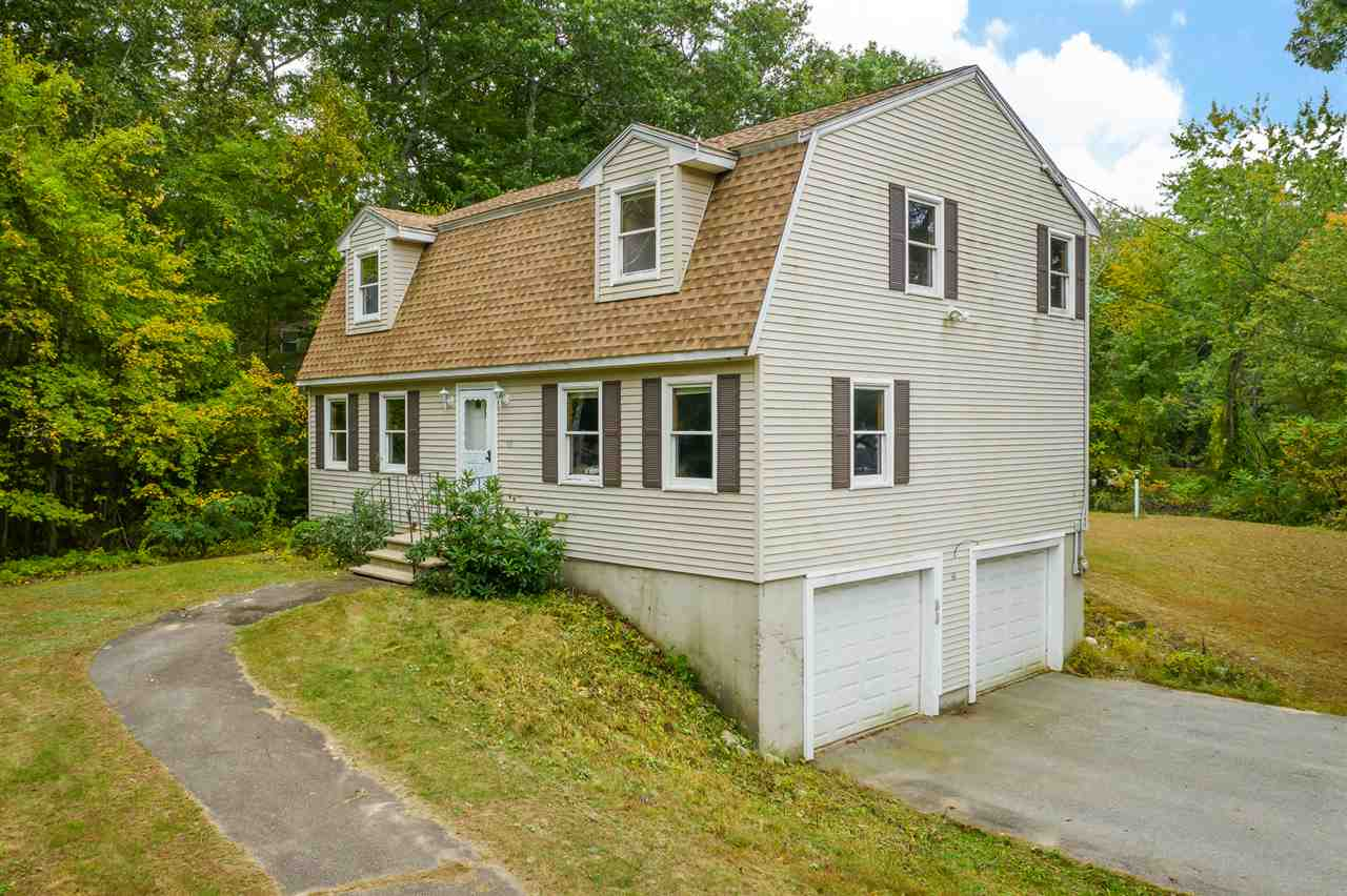 MLS 4780871: 66 Conleys Grove Road, Derry NH