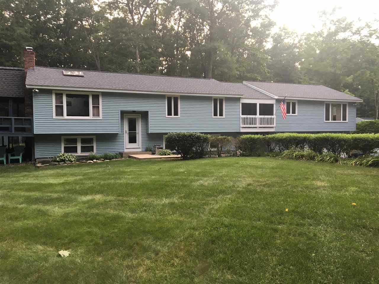 MLS 4781228: 18 Emerald Drive, Derry NH