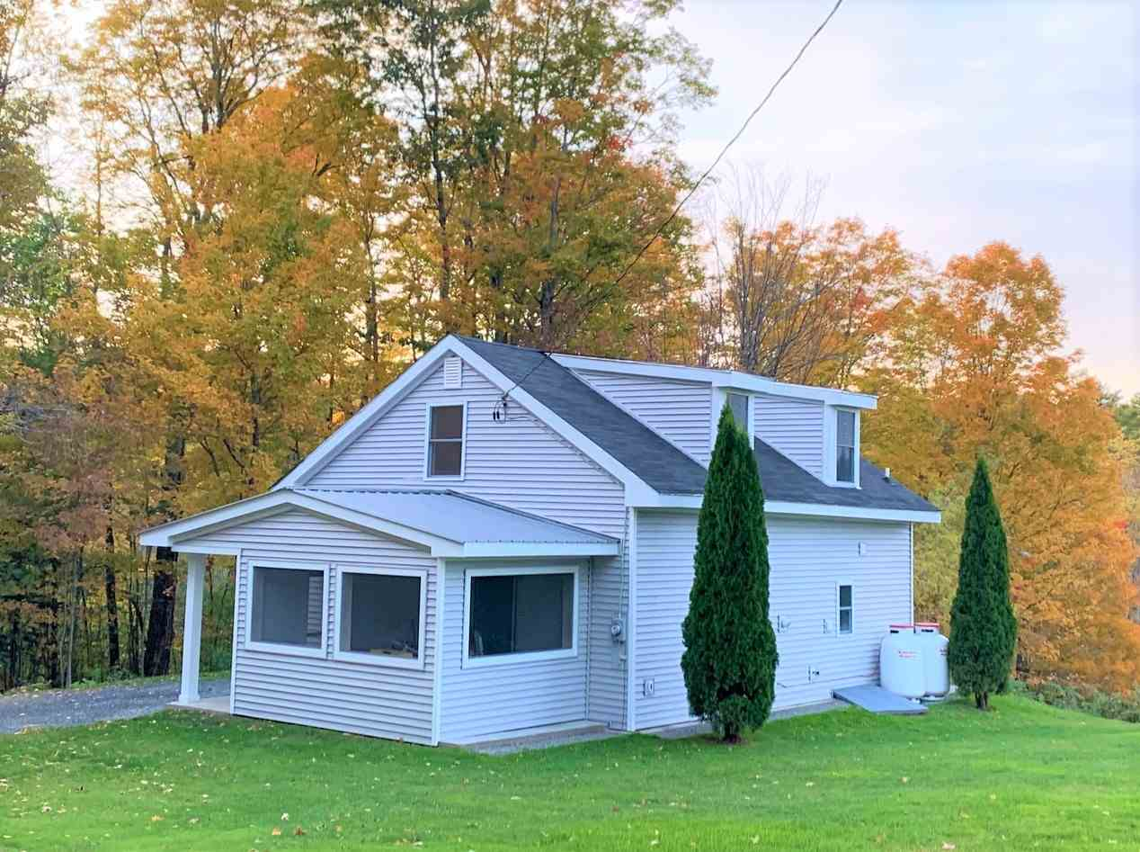 MLS 4781260: 39 Cross Road, Lebanon NH