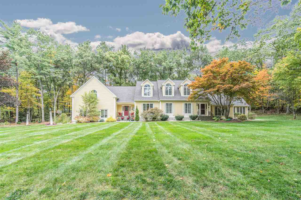 MLS 4781680: 49 BLOSSOM Road, Windham NH