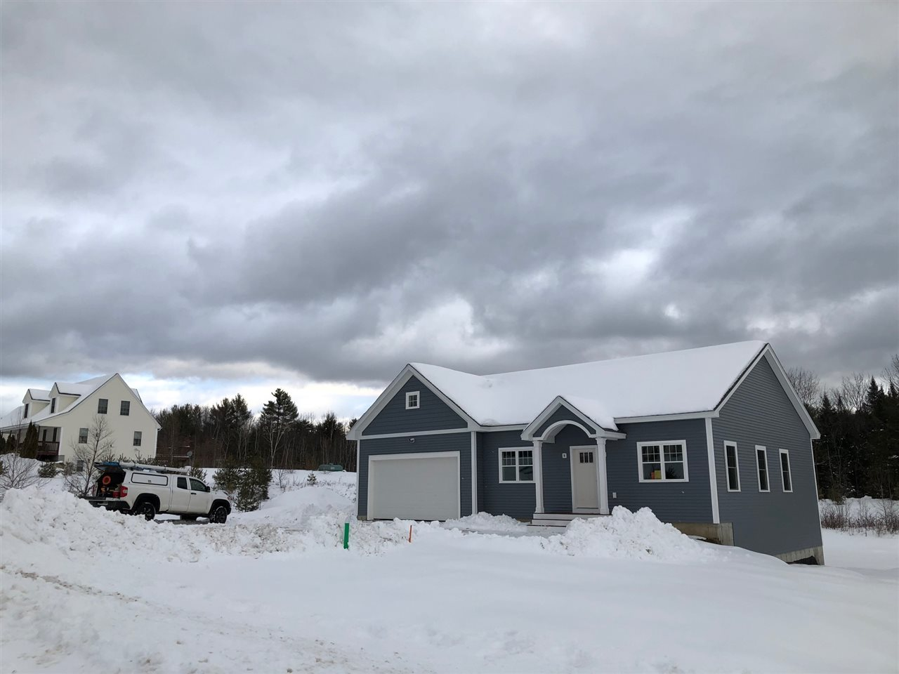 WAKEFIELD NH Home for sale $275,900