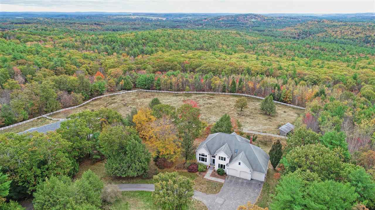 MLS 4782198: 54 Chestnut Hill Road, Amherst NH