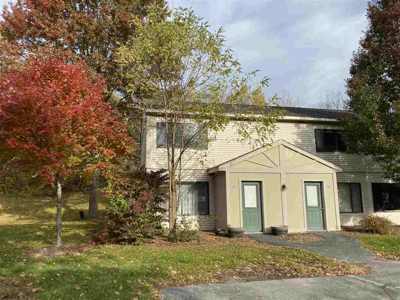 HARTFORD VT Condo for sale $$134,500 | $139 per sq.ft.