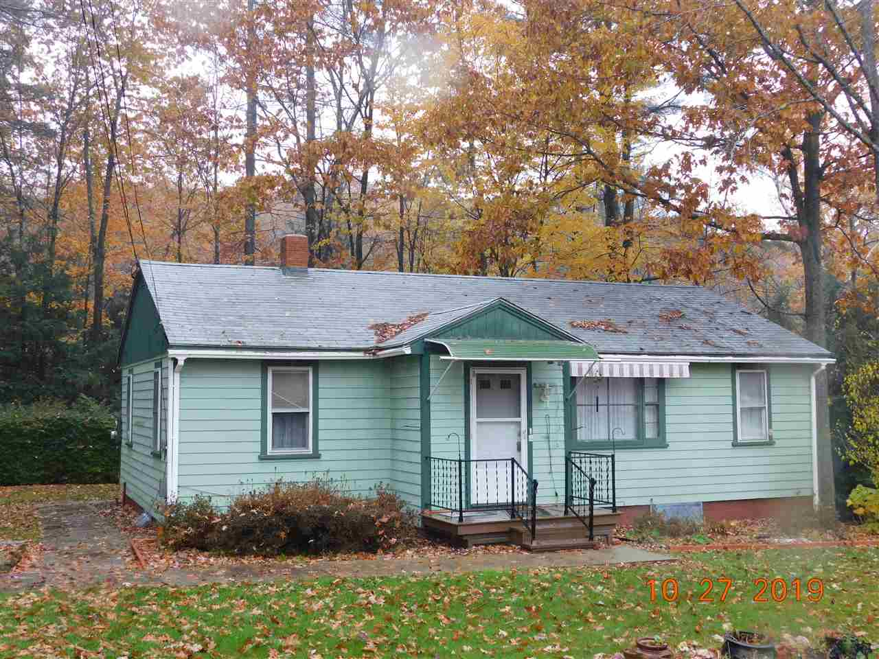 VILLAGE OF BELLOWS FALLS IN TOWN OF ROCKINGHAM VTHome for sale $$132,900 | $138 per sq.ft.