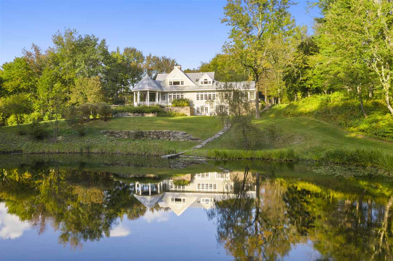 LYME NH Home for sale $$2,095,000 | $570 per sq.ft.