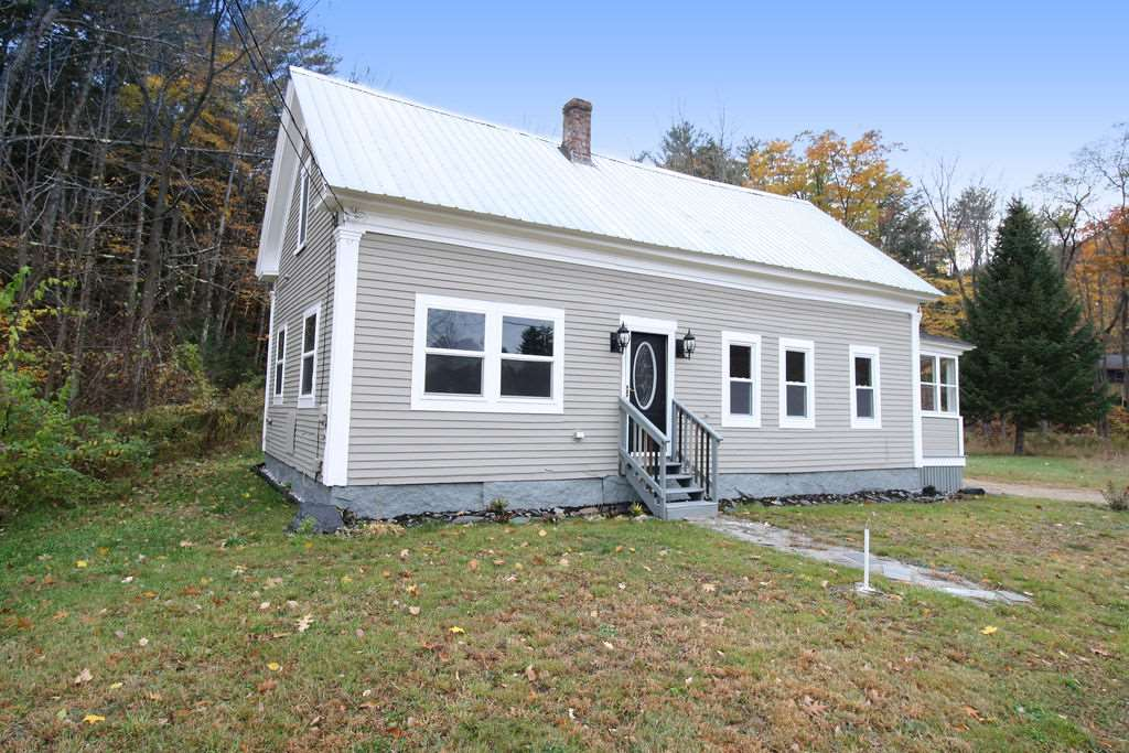 Ossipee NH Home for sale $$153,700 $126 per sq.ft.