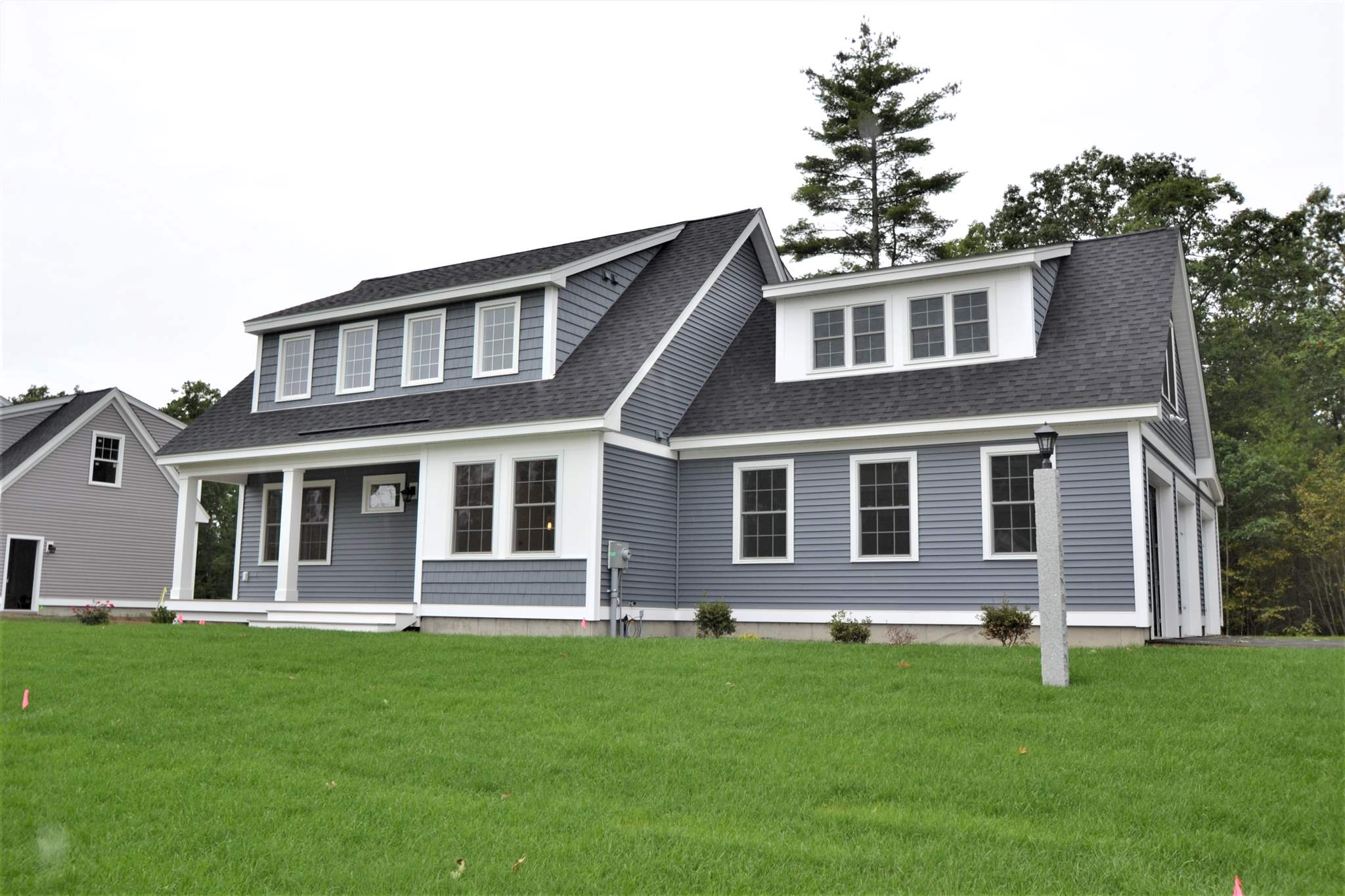 Photo of 40 Clover Lane Londonderry NH 03053