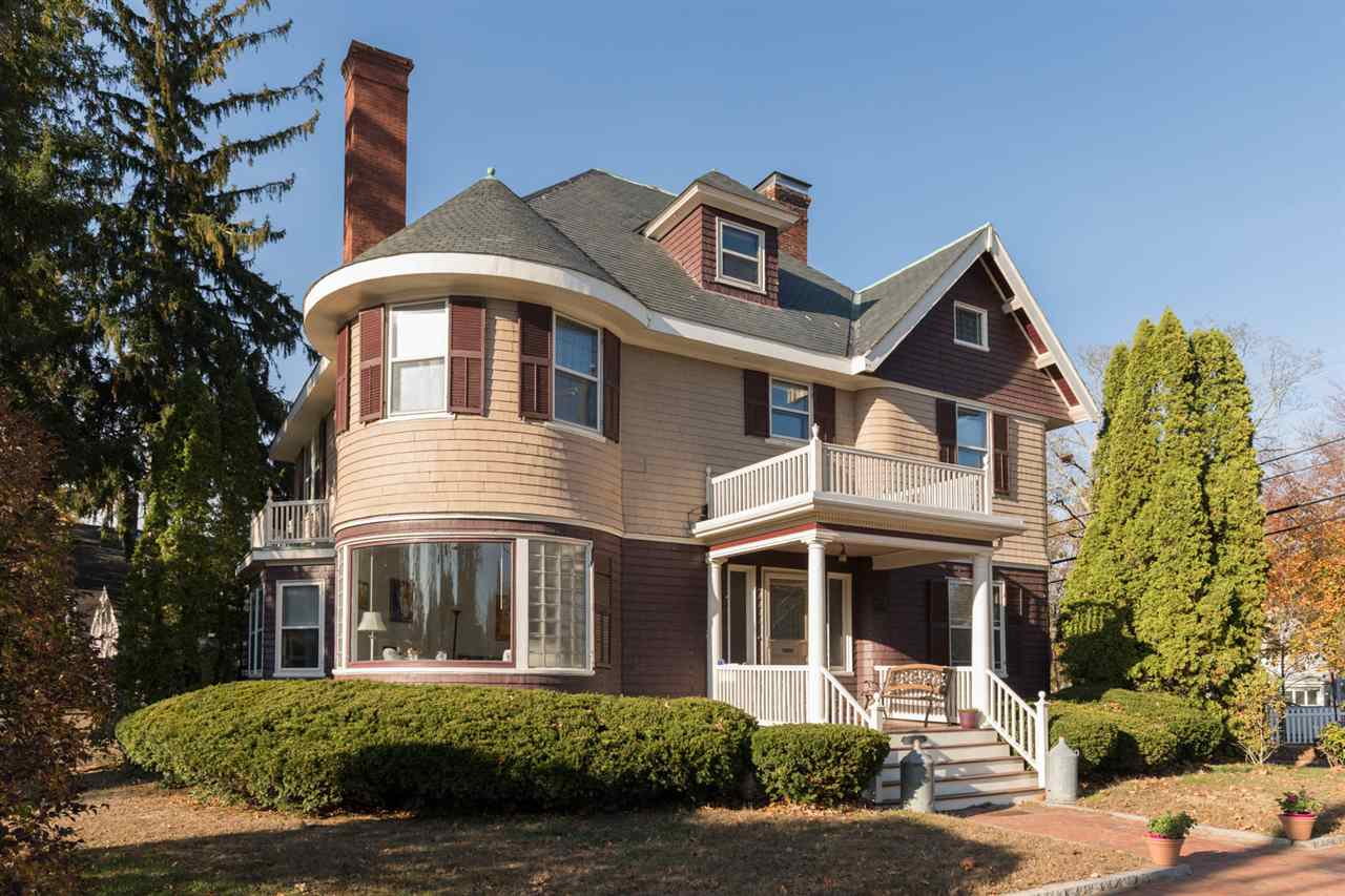 Photo of 622 Middle Street Portsmouth NH 03801