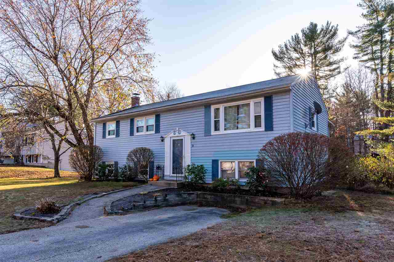 MLS 4784662: 9 Carriage Lane, Merrimack NH