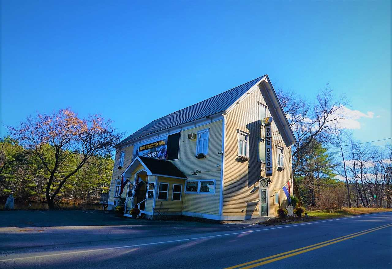 NEWPORT NH Commercial Property for sale $$298,500 | $78 per sq.ft.