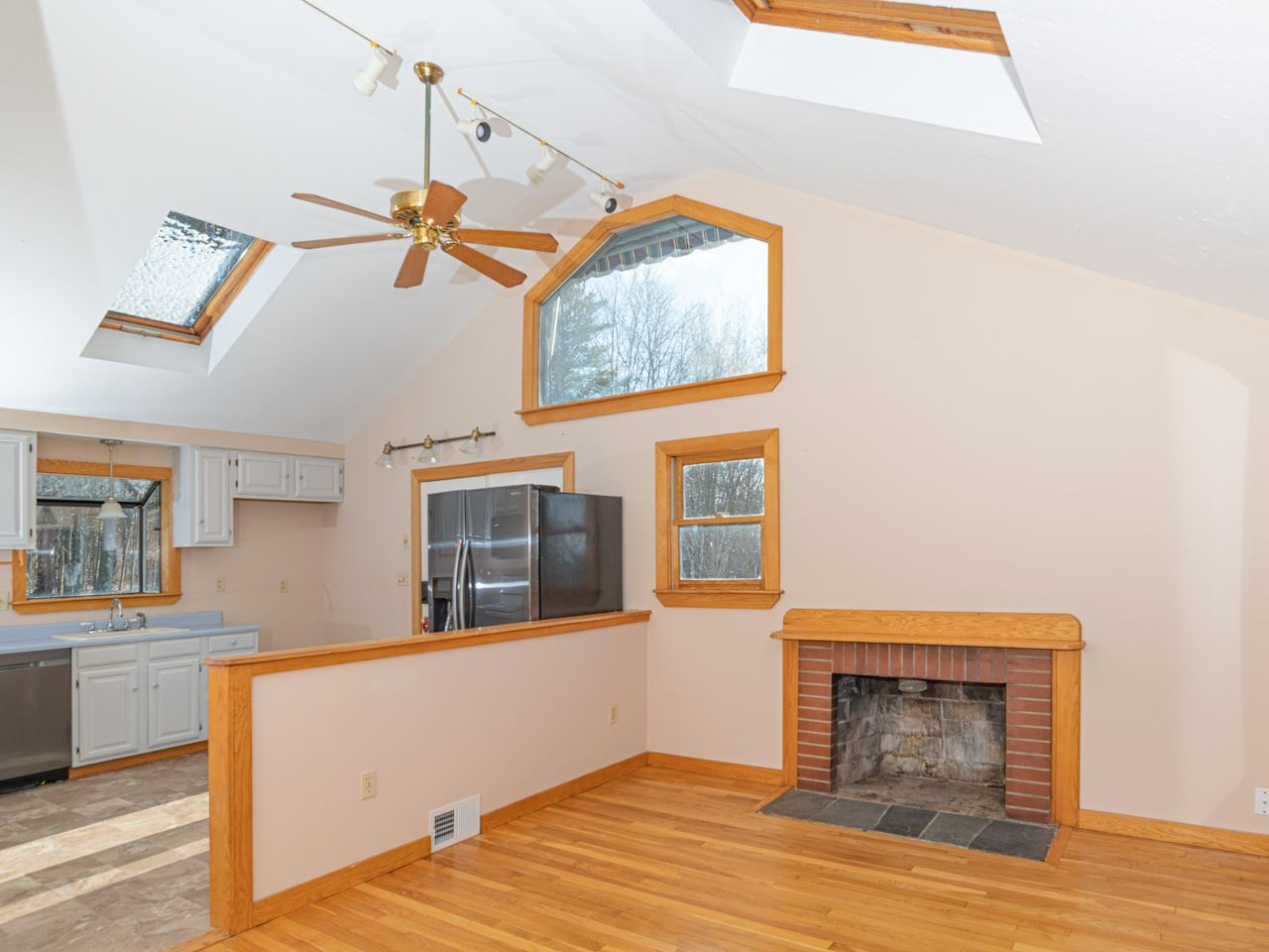 Photo of 226 Country Club Road Gilford NH 03249