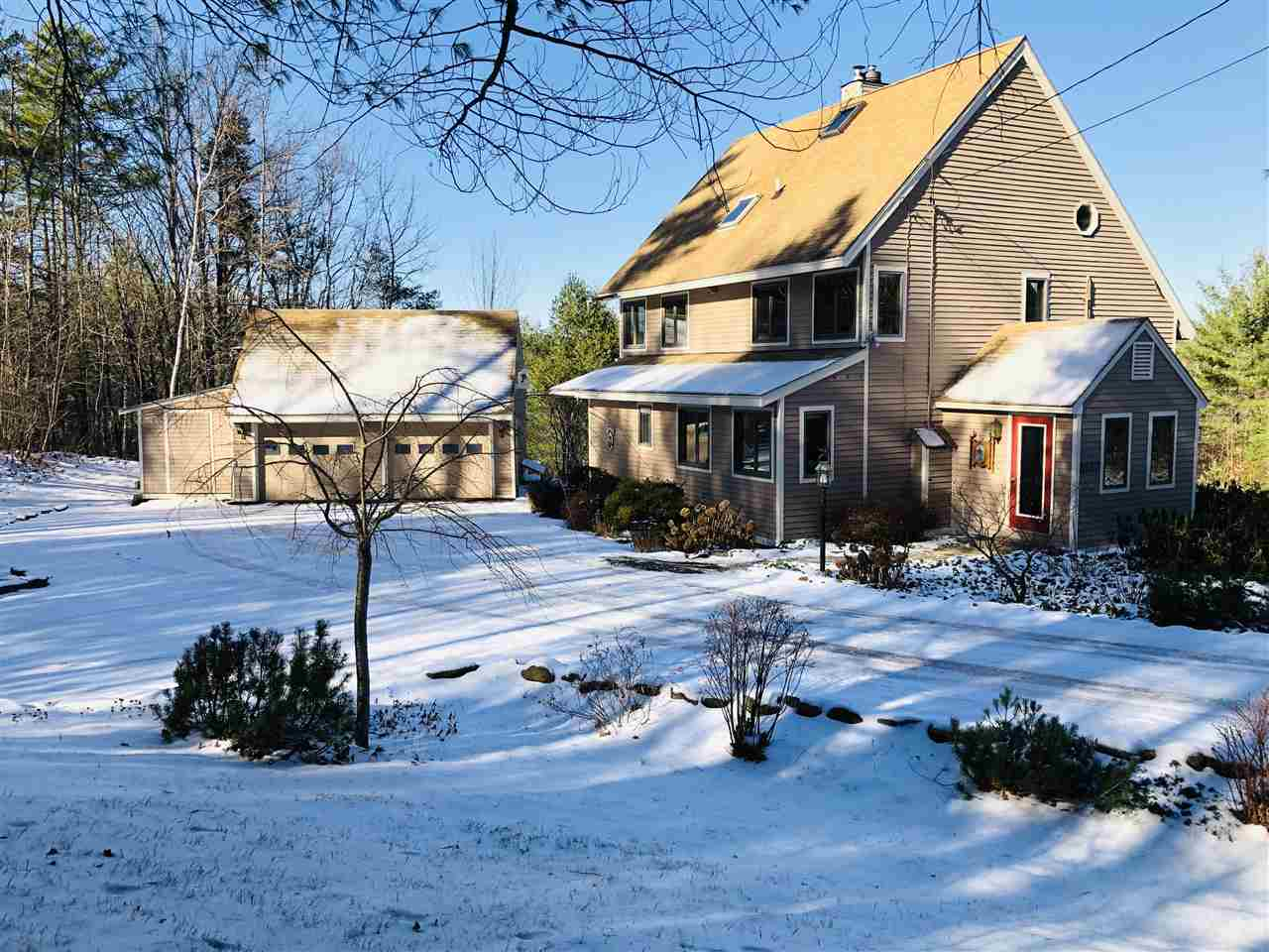Quechee VT Home for sale $339,000