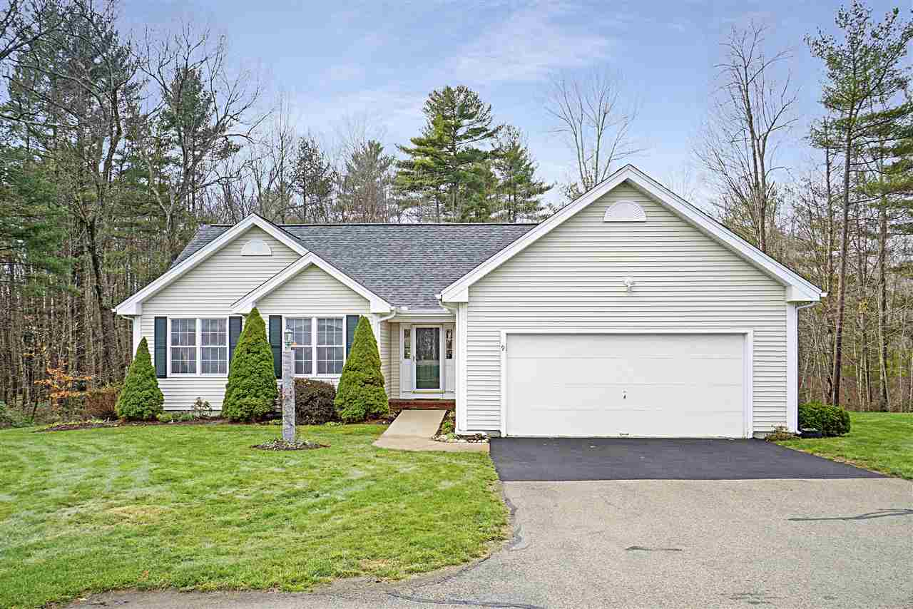 MLS 4786753: 9 Josiah Bartlett Road, Amherst NH