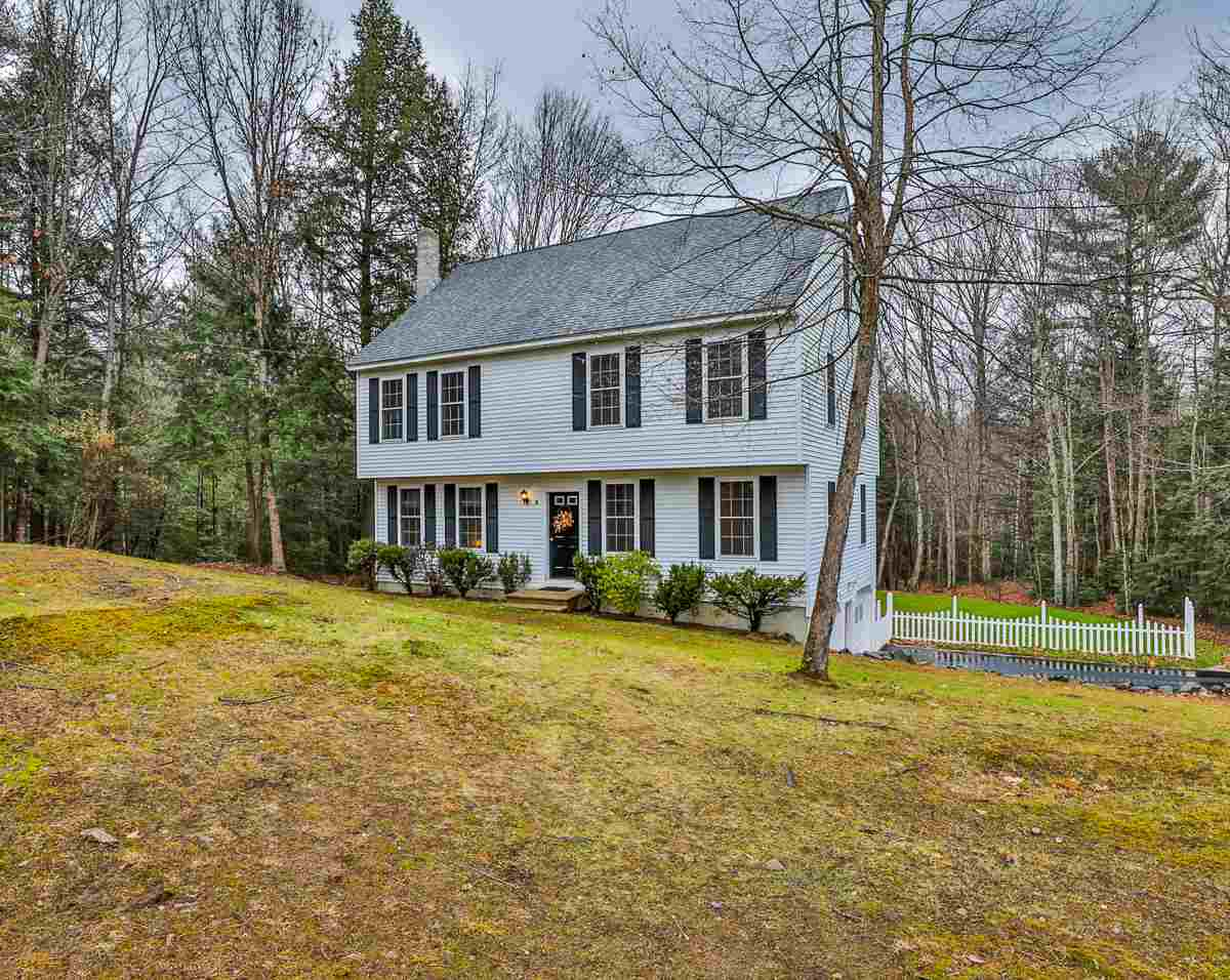 Photo of 9 Park Place Raymond NH 03077