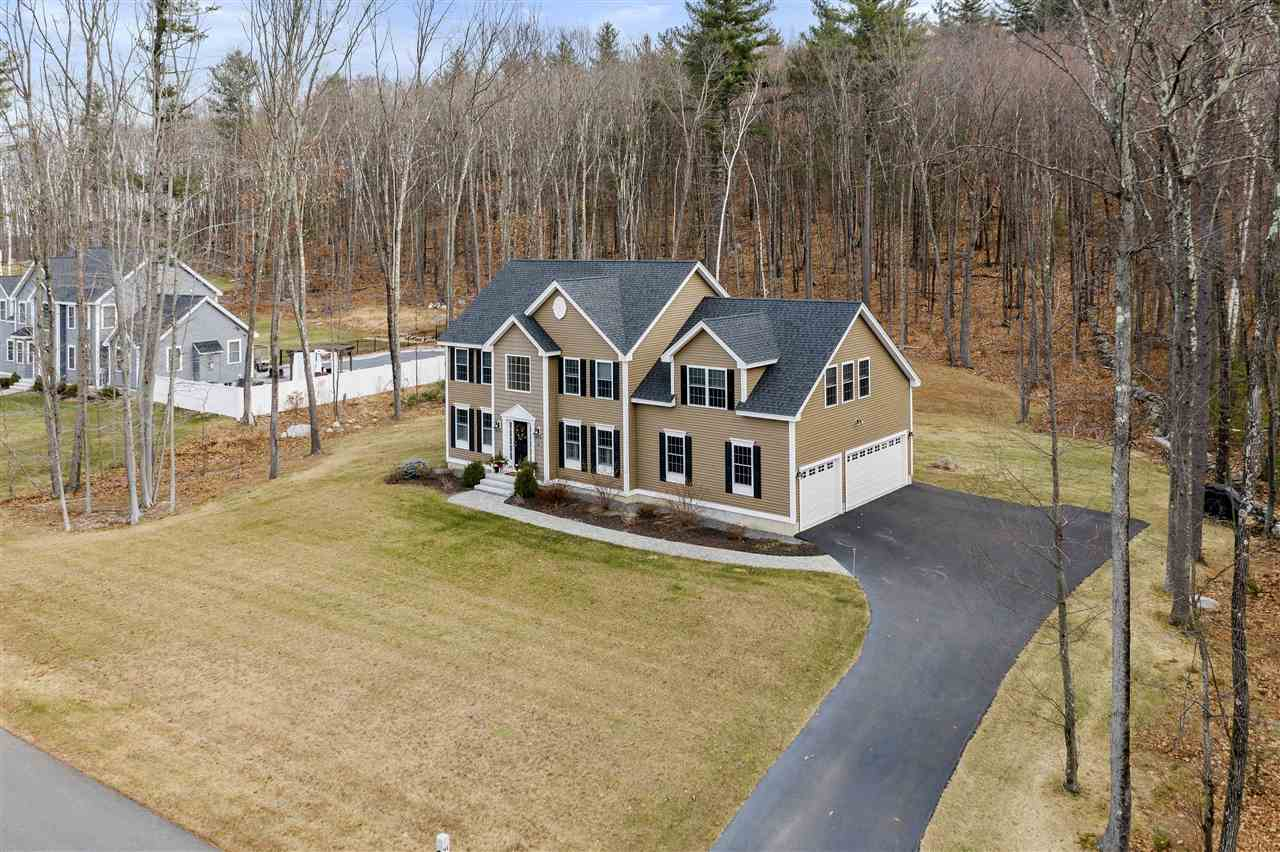 MLS 4787179: 91 Drummer Road, Pelham NH