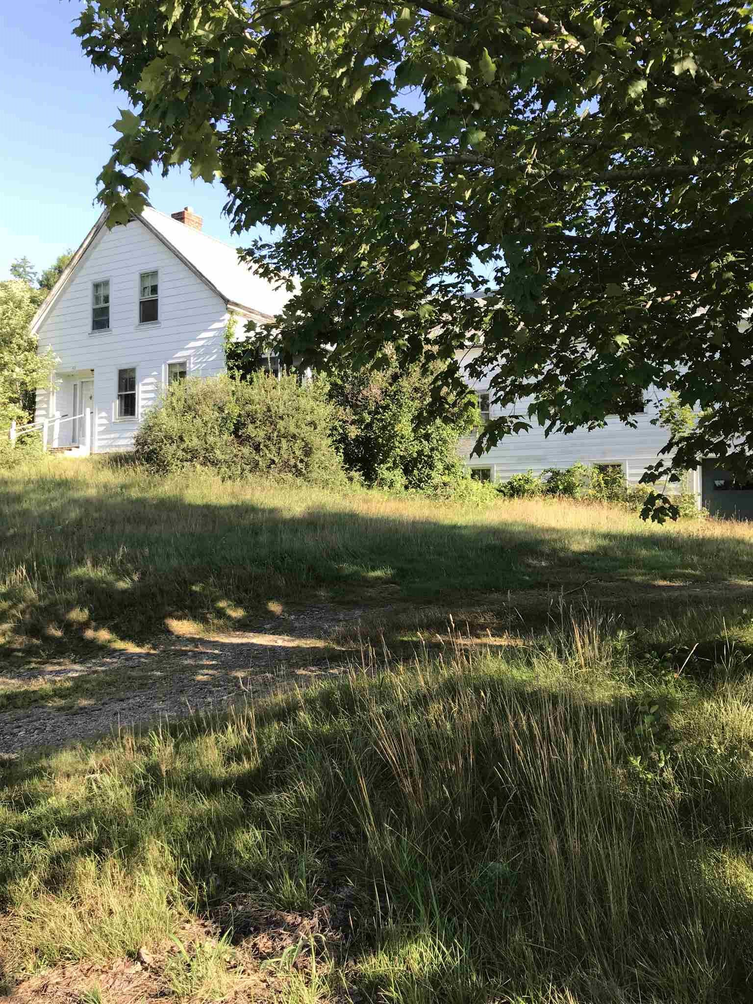 Photo of 42 old Amherst Road Mont Vernon NH 03057