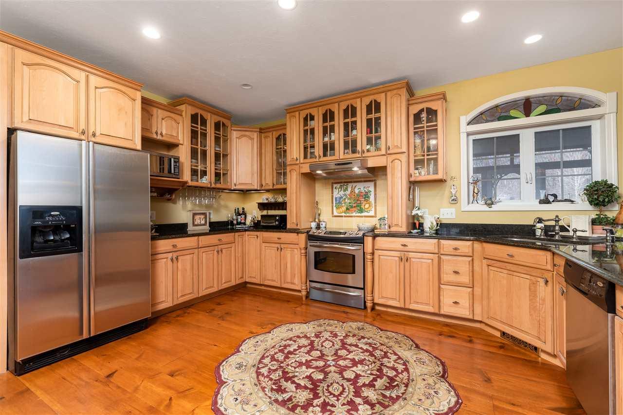 MOULTONBOROUGH NH Home for sale $600,000