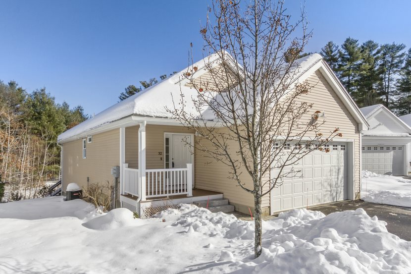 MLS 4787557: 32 Hollow Ridge Drive, Nashua NH