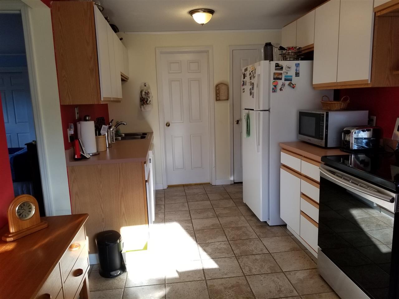 Efficient Kitchen, Updated Appliances