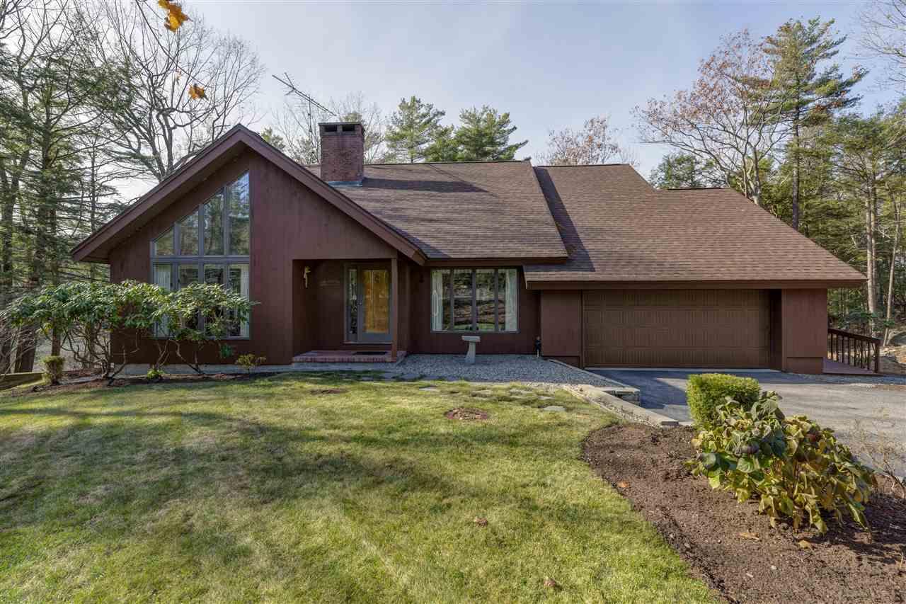 SUNAPEE NHLake House for sale $$1,100,000 | $470 per sq.ft.