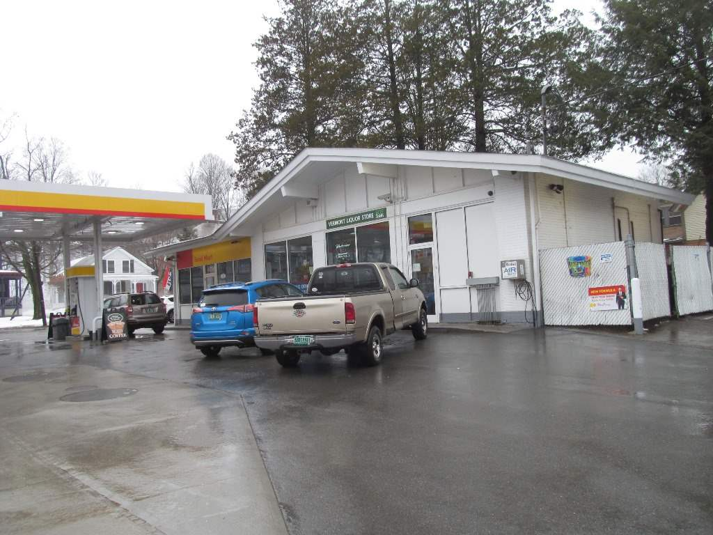 ROCKINGHAM VT Commercial Property for sale $$499,000 | $287 per sq.ft.