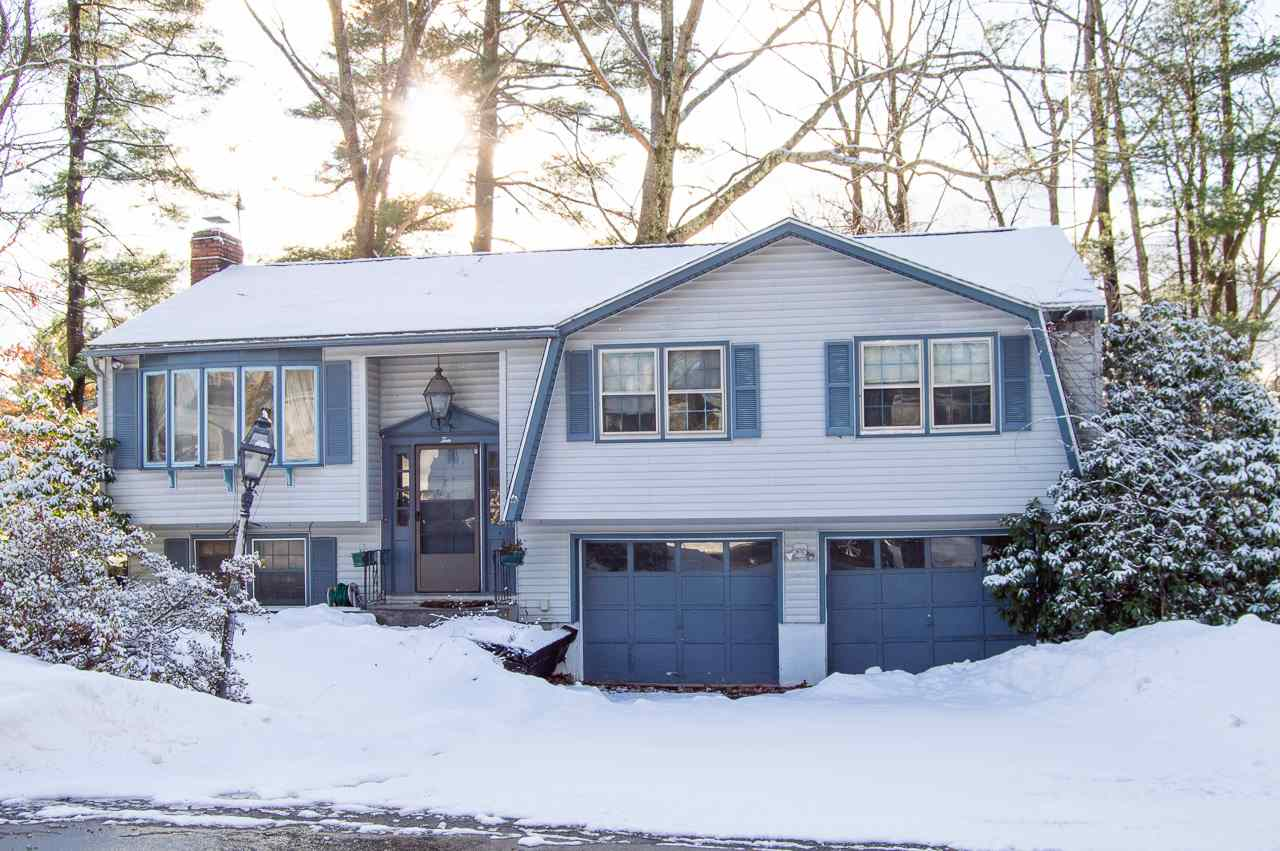 MLS 4788323: 10 Wellesley Road, Nashua NH