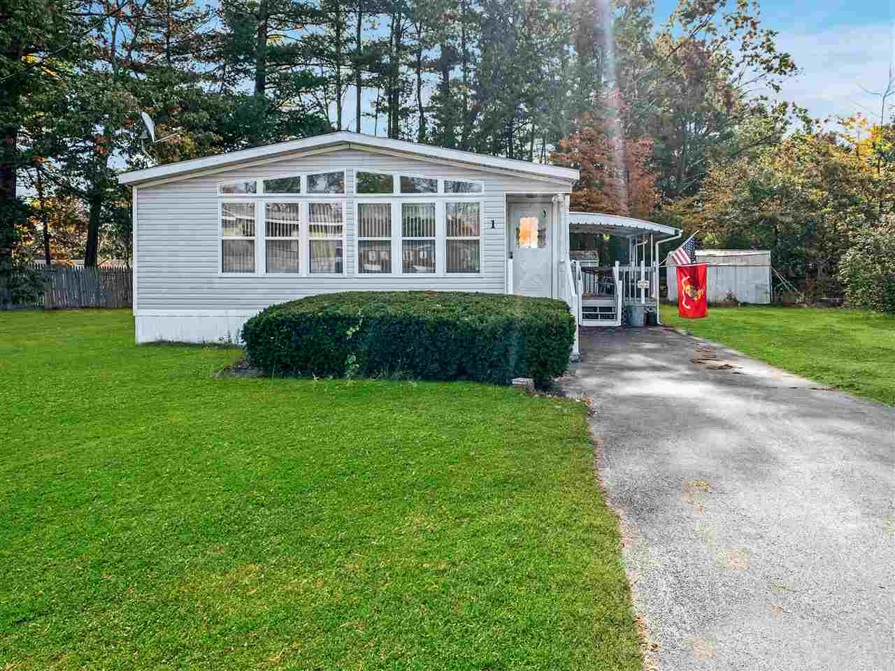 MLS 4788346: 1 Longwood Lane, Merrimack NH