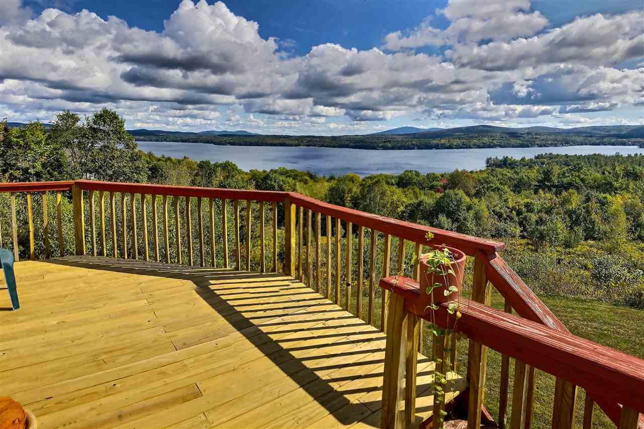 SUNAPEE NHHome for sale $$895,000 | $344 per sq.ft.