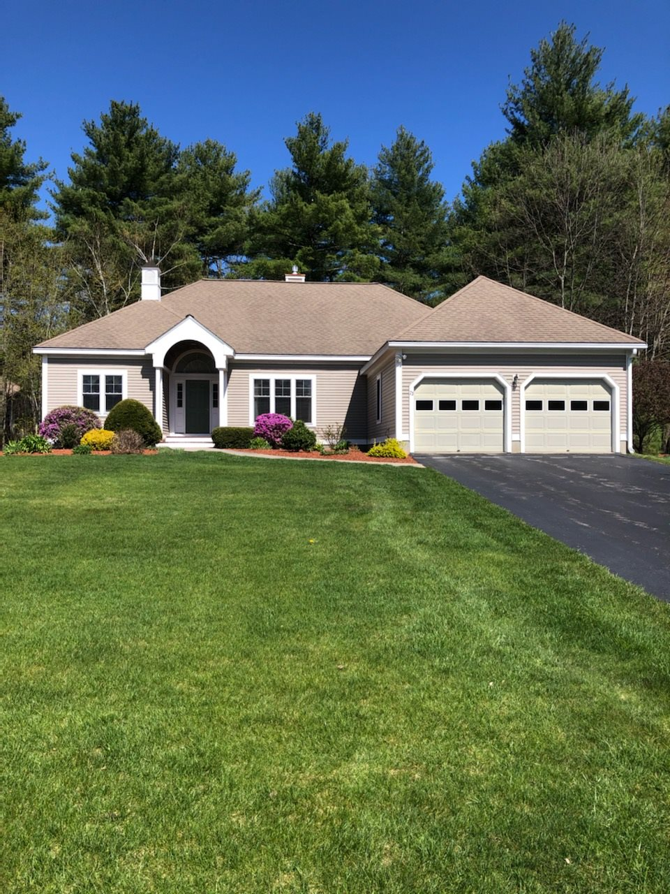 MLS 4789280: 23 SandPiper Lane, Merrimack NH