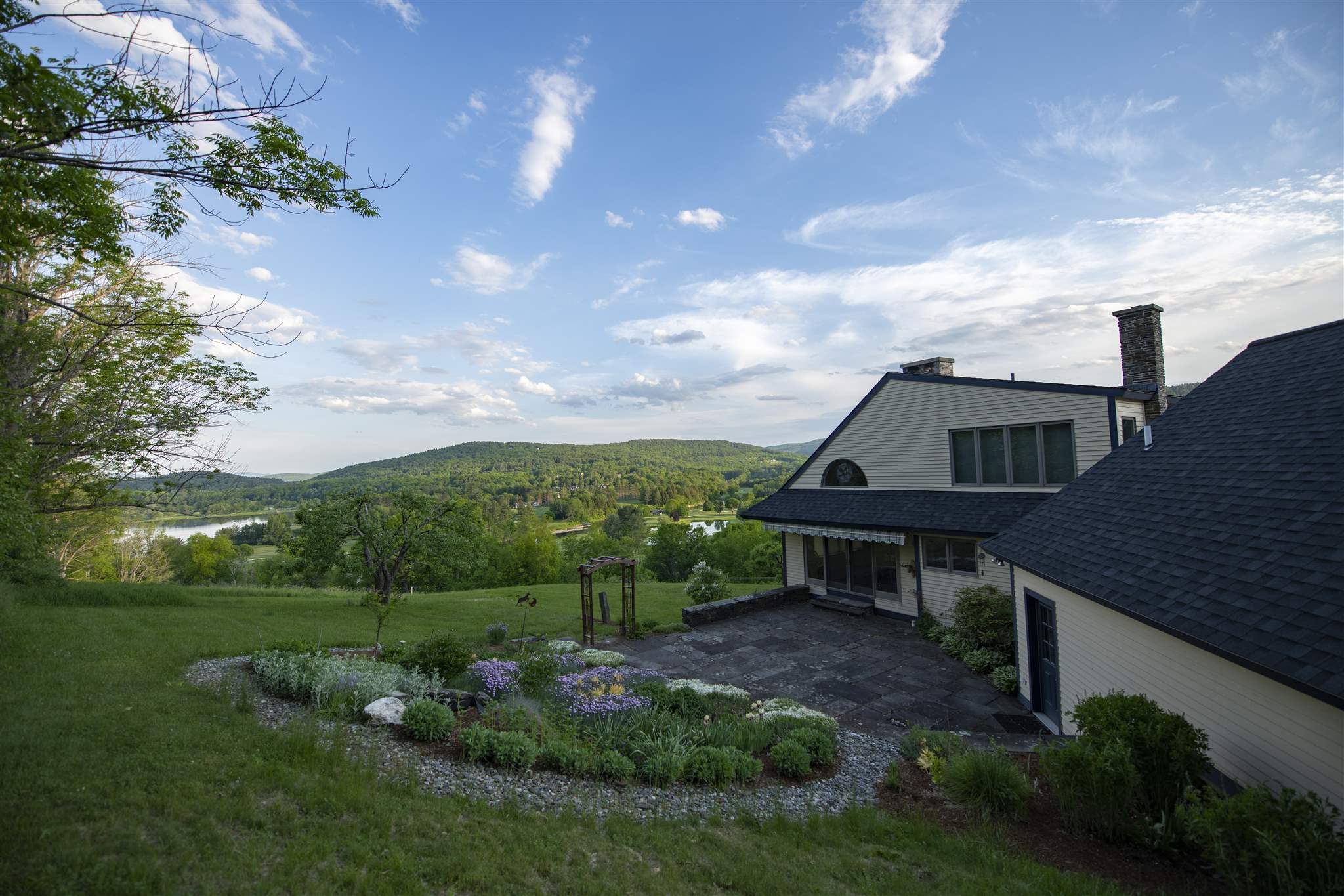 VILLAGE OF QUECHEE IN TOWN OF HARTFORD VT Home for sale $$875,000 | $396 per sq.ft.