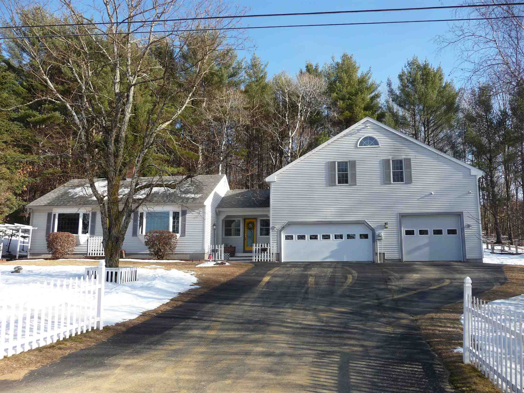 Photo of 86 Caveney Drive Northfield NH 03276