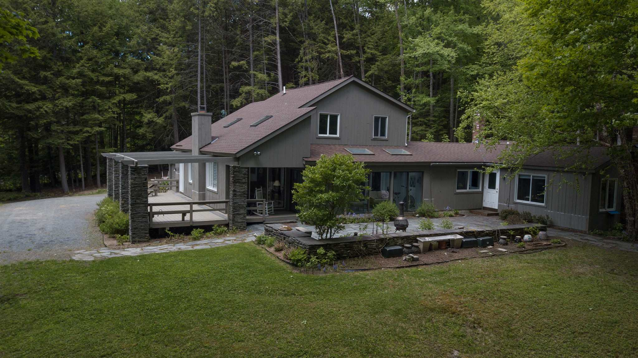 Quechee VT Home for sale $360,000
