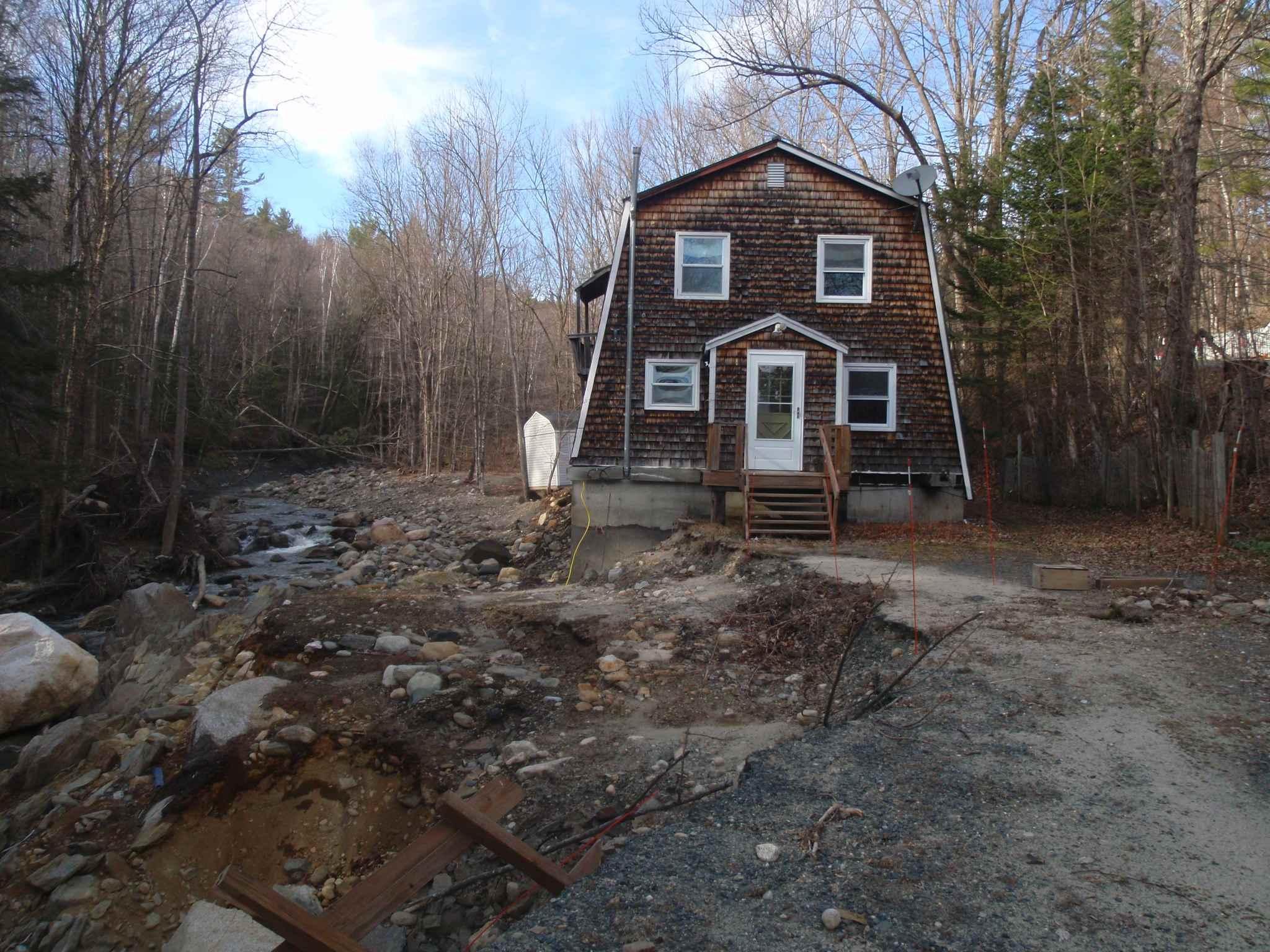 ORANGE NHLake House for sale $$119,900   $97 per sq.ft.