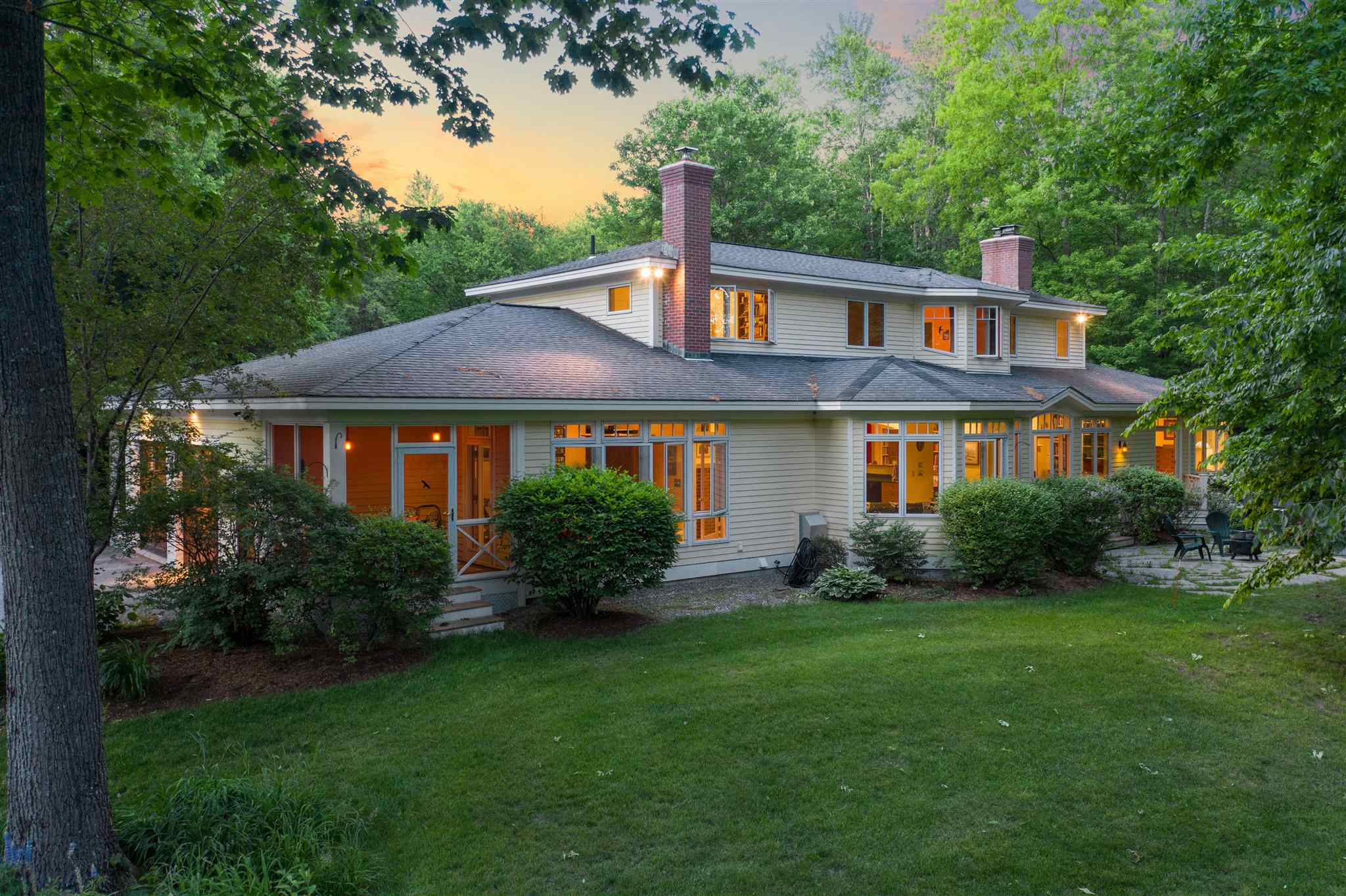 LYME NH Home for sale $$1,495,000 | $386 per sq.ft.