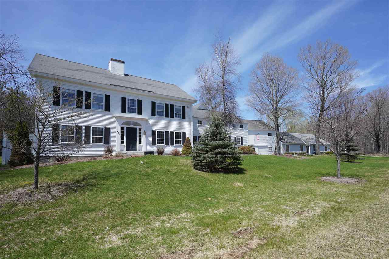 NEW LONDON NH Home for sale $$895,000 | $181 per sq.ft.