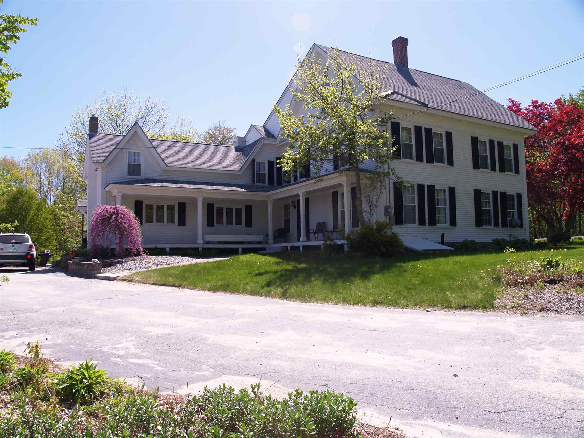 Photo of 752 Flanders Road Henniker NH 03242