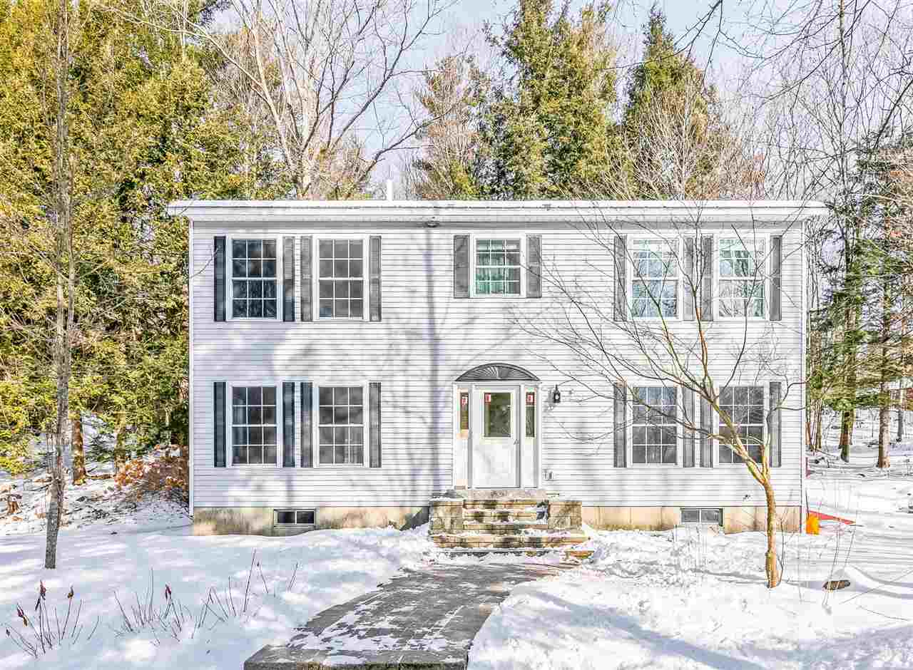 107 Sherwood Forest Road, Weare, NH 03281