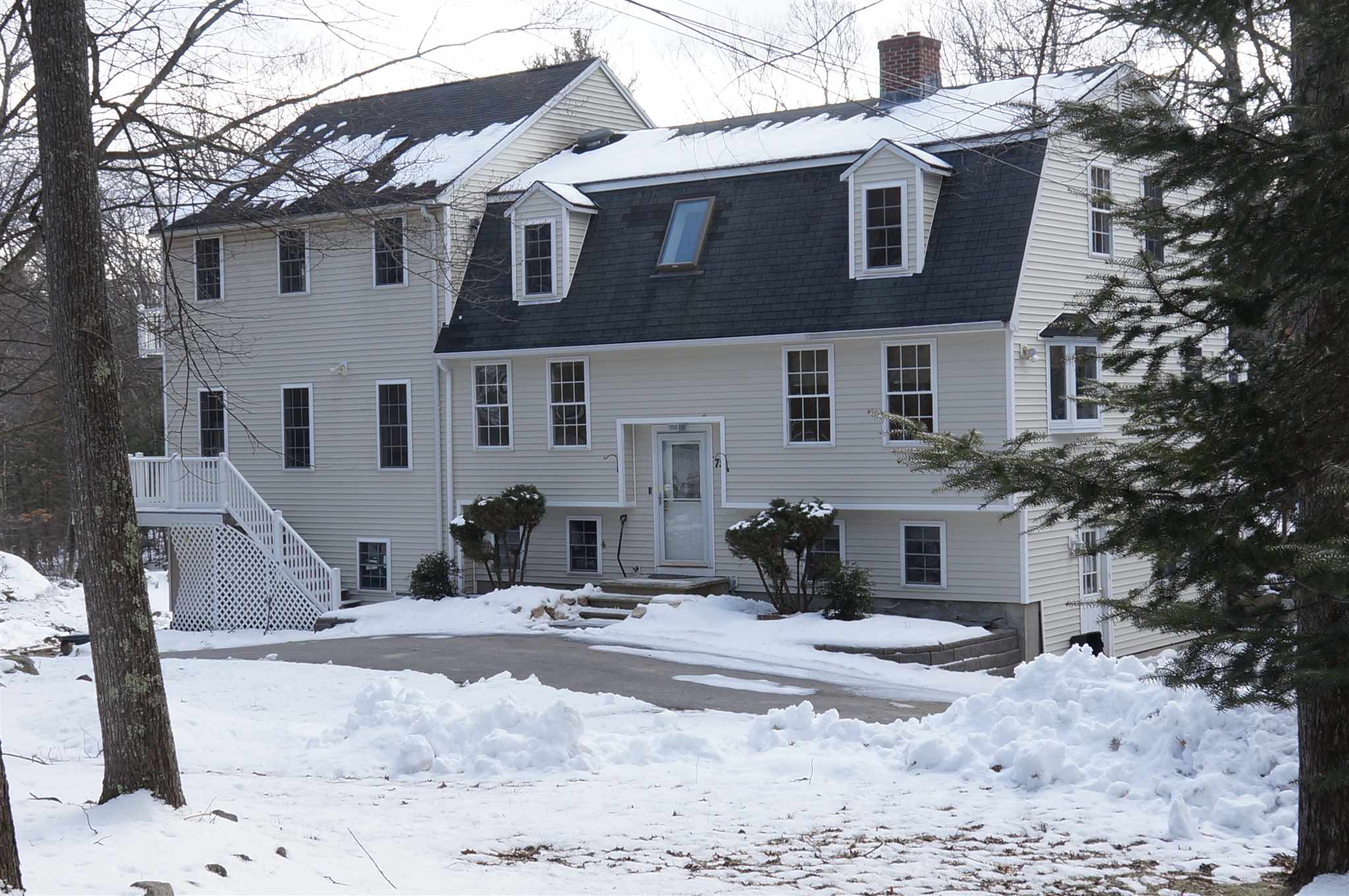 Photo of 75 Goodhue Road Derry NH 03038