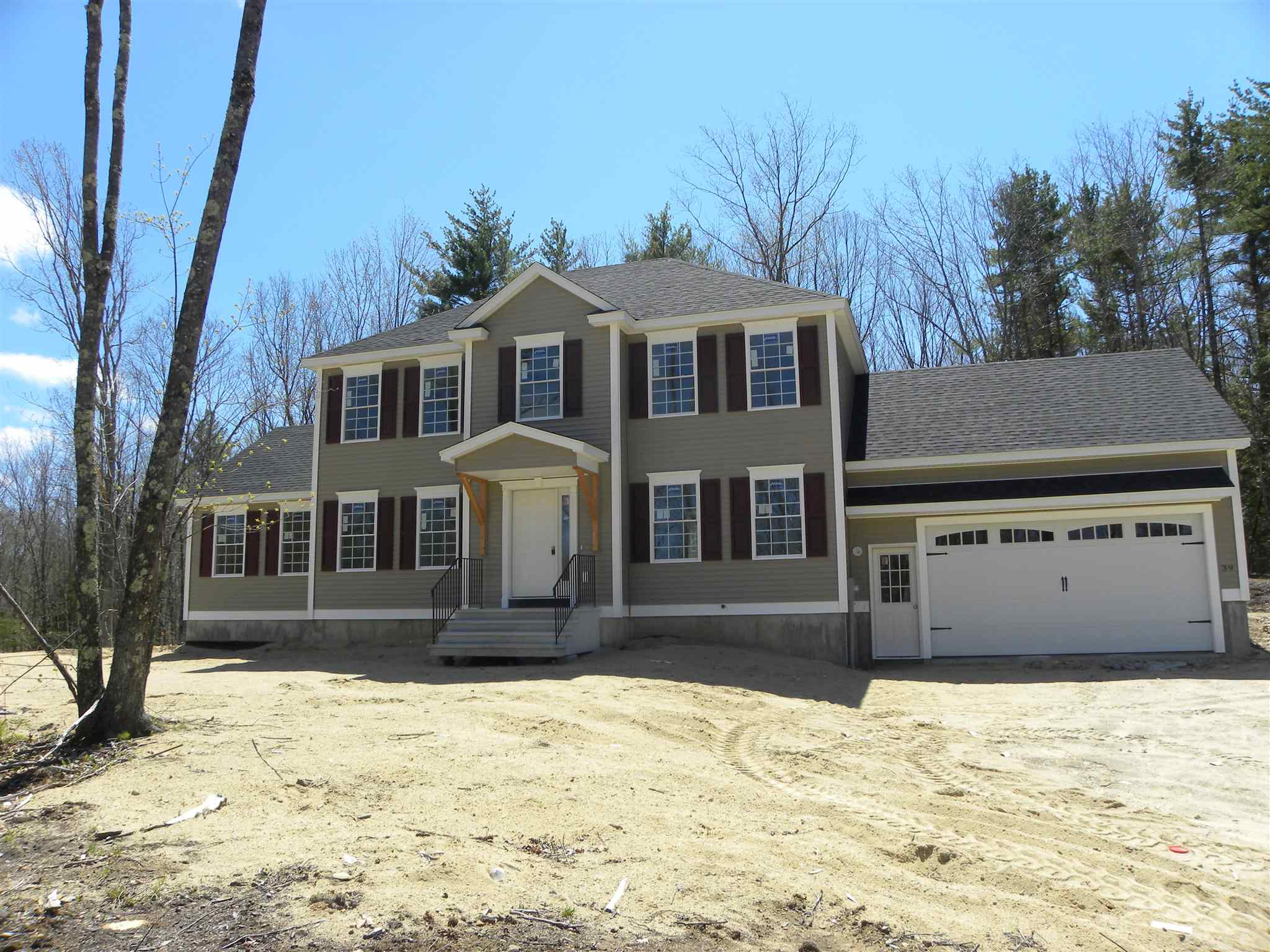 Photo of 39 Sandybrook Drive Raymond NH 03077