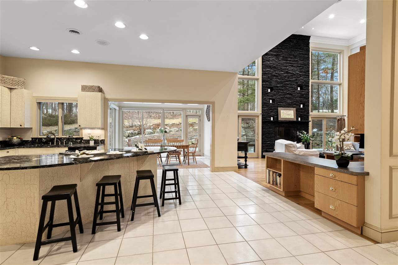 There is great open concept flow from the kitchen to the great room 14837662