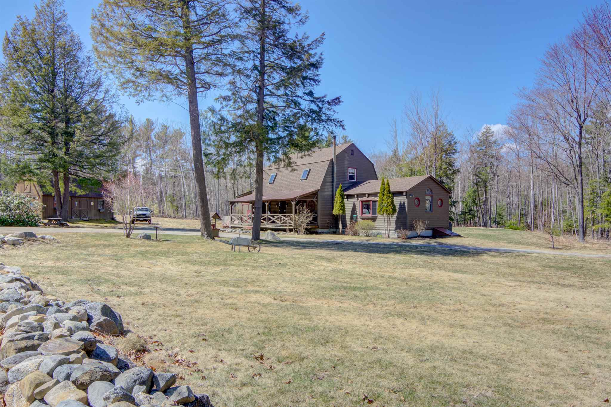VILLAGE OF SANBORNVILLE IN TOWN OF WAKEFIELD NH Home for sale $289,900