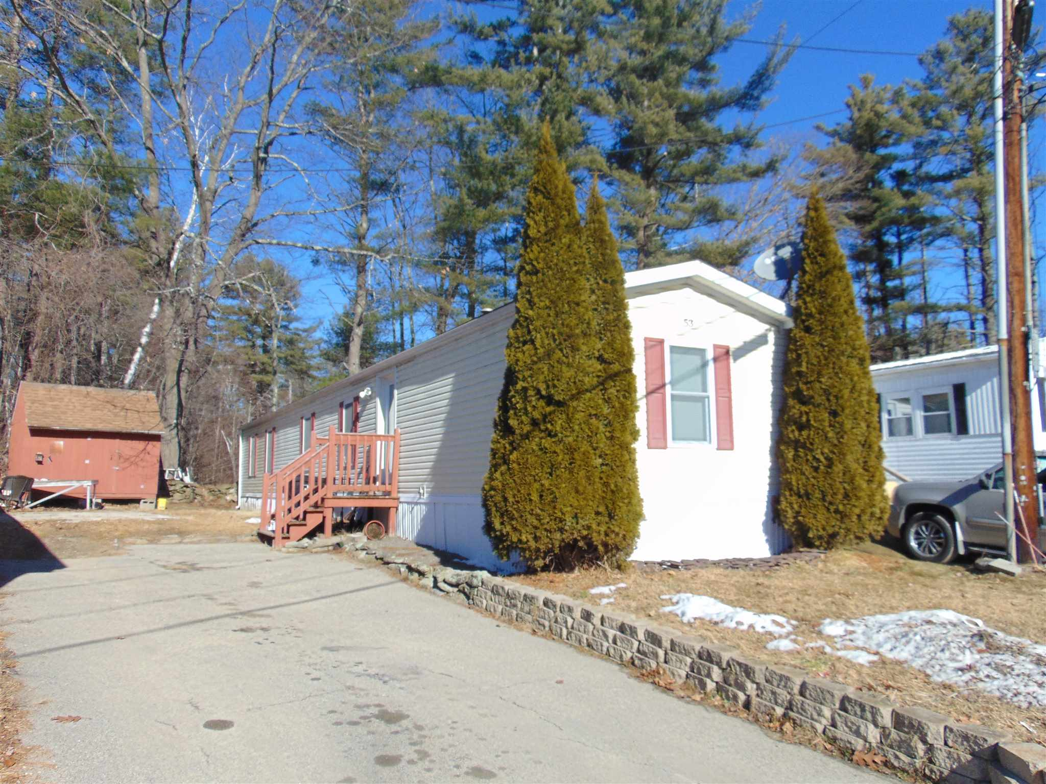 MLS 4791978: 53 Mobile Drive, Hudson NH