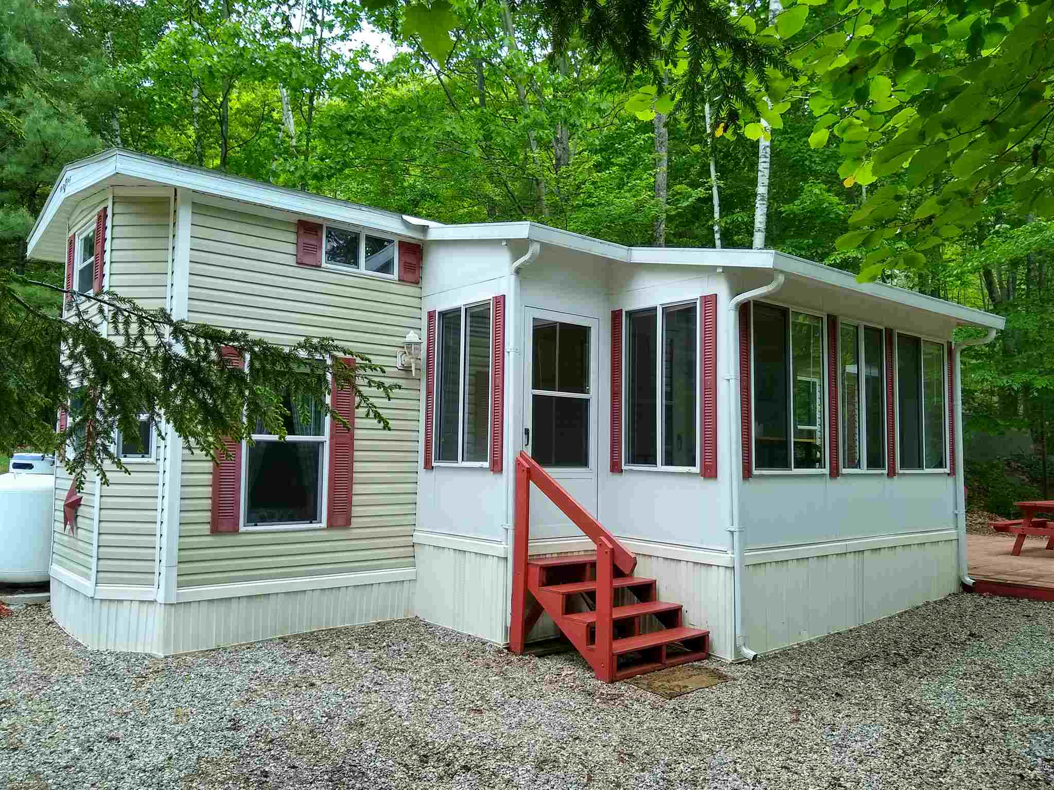 HOLDERNESS NH Condo for sale $119,900