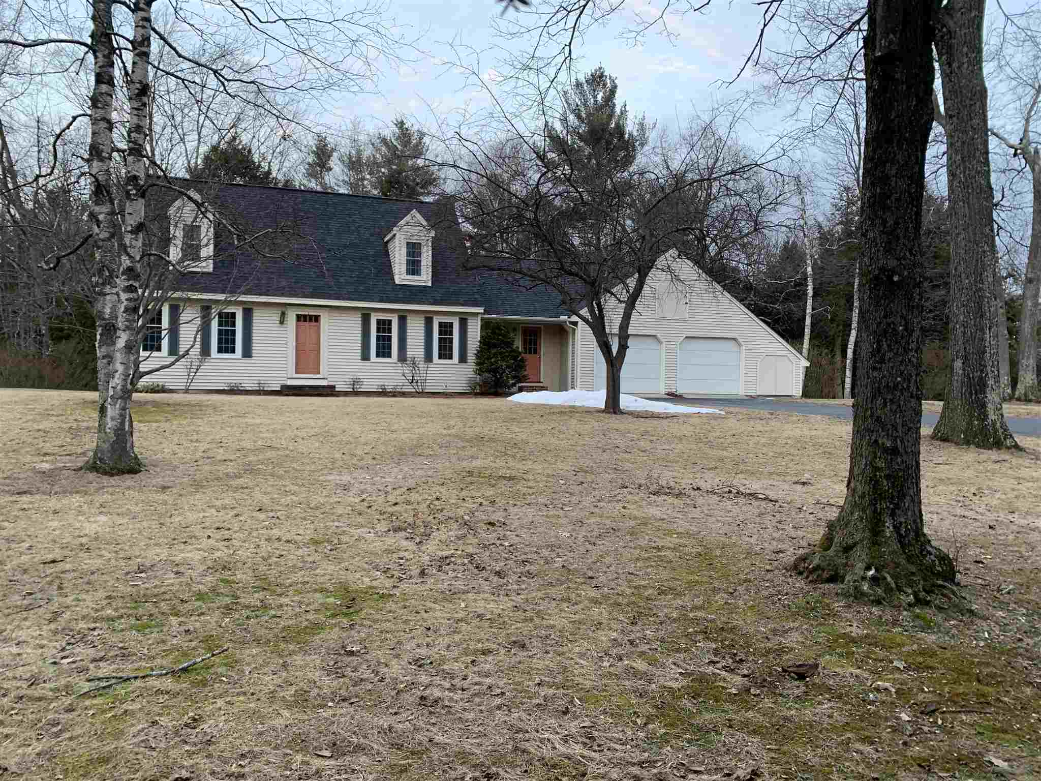 Photo of 11 Woodland Drive Londonderry NH 03053