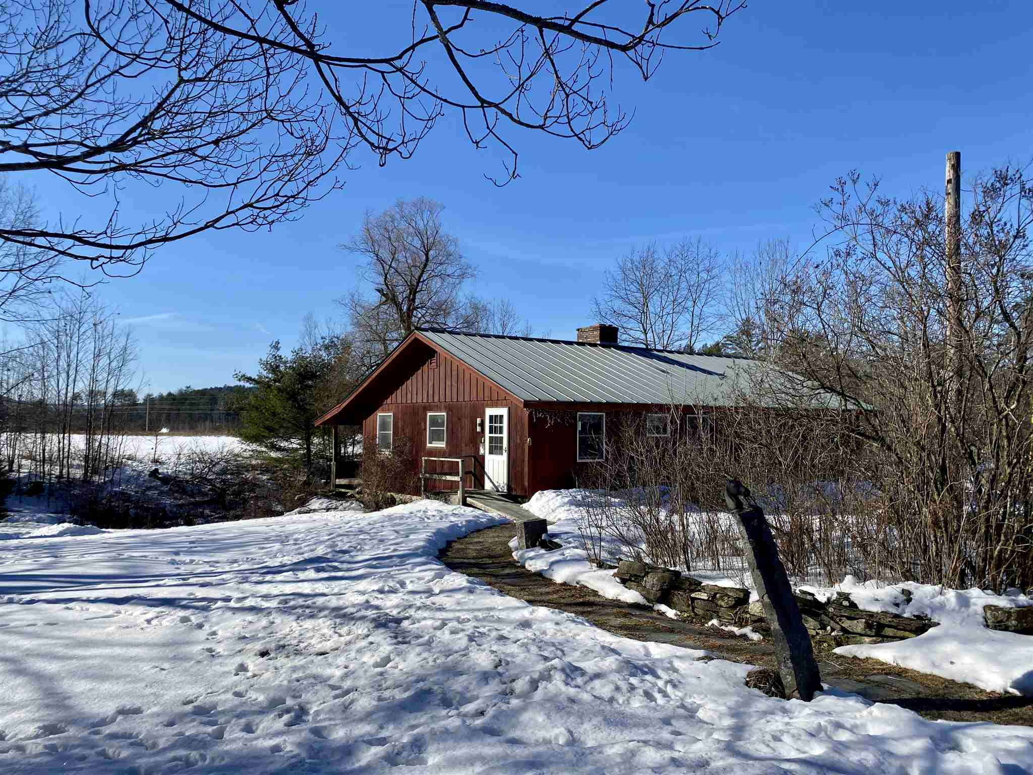 LYME NH Home for sale $$259,000 | $193 per sq.ft.