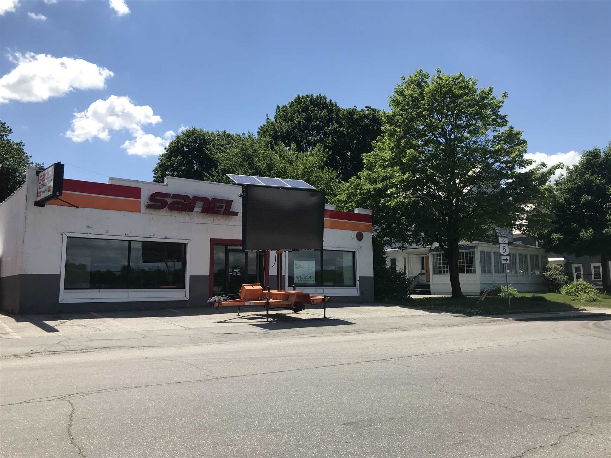 VILLAGE OF BELLOWS FALLS IN TOWN OF ROCKINGHAM VTCommercial Lease for rent $Commercial Lease For Lease: $2,700 with Lease Term